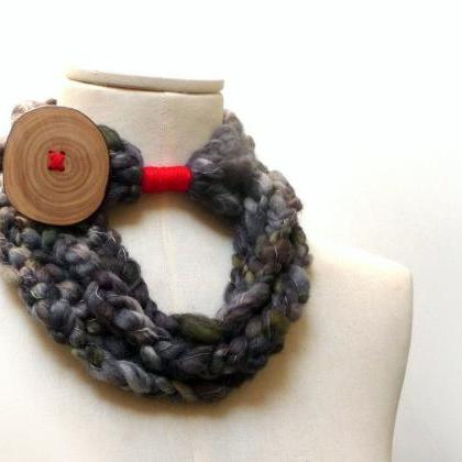 Loop Infinity Scarf Necklace, Croch..