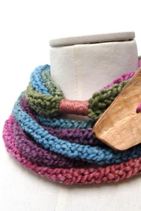 Multicolor Loop Circle Scarf, Chunky Infinity Necklace, Knit Rainbow Yarn with Giant Wood Button, Pink Purple Blue Green and Rusty Orange