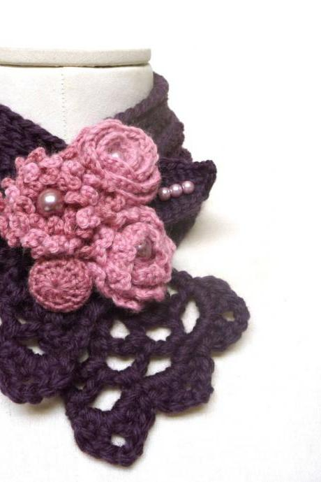 Crochet purple scarflette neckwarmer necklace with powder pink flowers - Plum, Egg plant, Purple and Pink wool - WILD FLOWERS