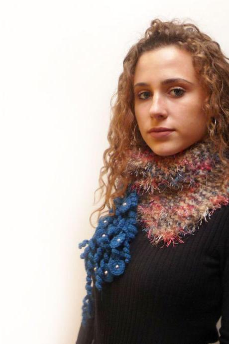Knit Chunky Scarf, Faux Fur Crochet Neckwarmer / Scarflette, Beige Blue Brown and Pink - MUSKY FOX