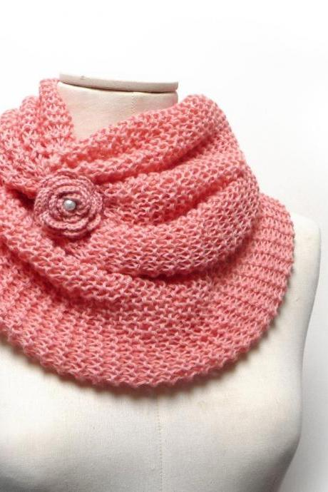 Peach Pink Infinity Scarf, Chunky Cowl, Knit Circle Scarf, Oversized Loop Scarf, Spring Tube Scarf with Flower Button, Mom Sister Aunt Gift